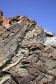 Top of the steep rock, the cracked stone — Stock Photo