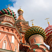 St. Basil's Cathedral in Moscow on red square — Stock Photo