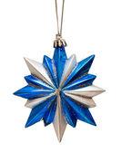 Bleu étoile de noël, isolé sur fond blanc — Photo