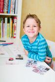 školák doma — Stock fotografie
