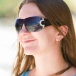 Beautiful woman in sunglasses — Stock Photo