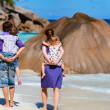 Panoramic photo of family on vacation - Stockfoto