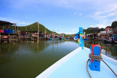 Traditional Thai longtail boat — Стоковое фото
