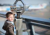 Boy with telescope — Stock Photo