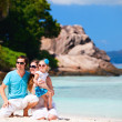 Young family on vacation — Stock Photo