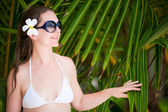 Portrait of beautiful woman in sun glasses — Stock Photo
