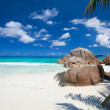 Idyllic beach in Seychelles — Stock Photo