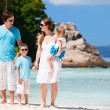 Family with two kids on vacation — Stock Photo #5035763
