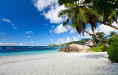 Idyllic beach in Seychelles — Stock Photo