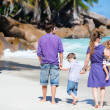 Family with two kids on vacation — Stock Photo #5167649