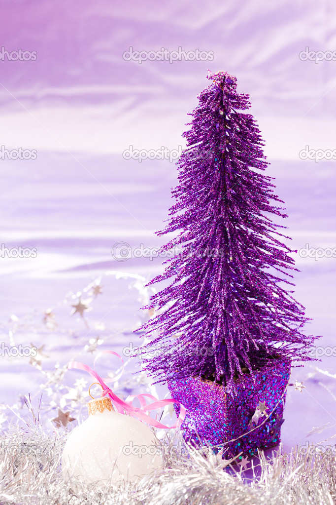 Holiday series: new year fir decoration and garland — Stock Photo #4129655