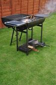 Griglia barbecue all'aperto — Foto Stock