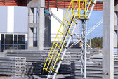 Fabriken plattan byggnad stege — Stockfoto