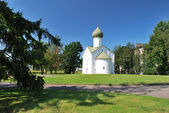 Novgorod. chiesa dei dodici apostoli — Foto Stock