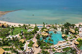 Beach of the modern luxury hotel, Pattaya, Thailand — Stockfoto