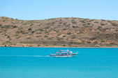 The recreation motorboat with tourists, Crete, Greece — Stock Photo