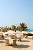Beach of the luxury hotel, Dubai, UAE — Stock Photo