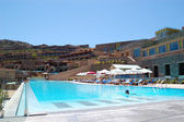 Swimming pool at the luxury hotel, Crete, Greece — Стоковое фото