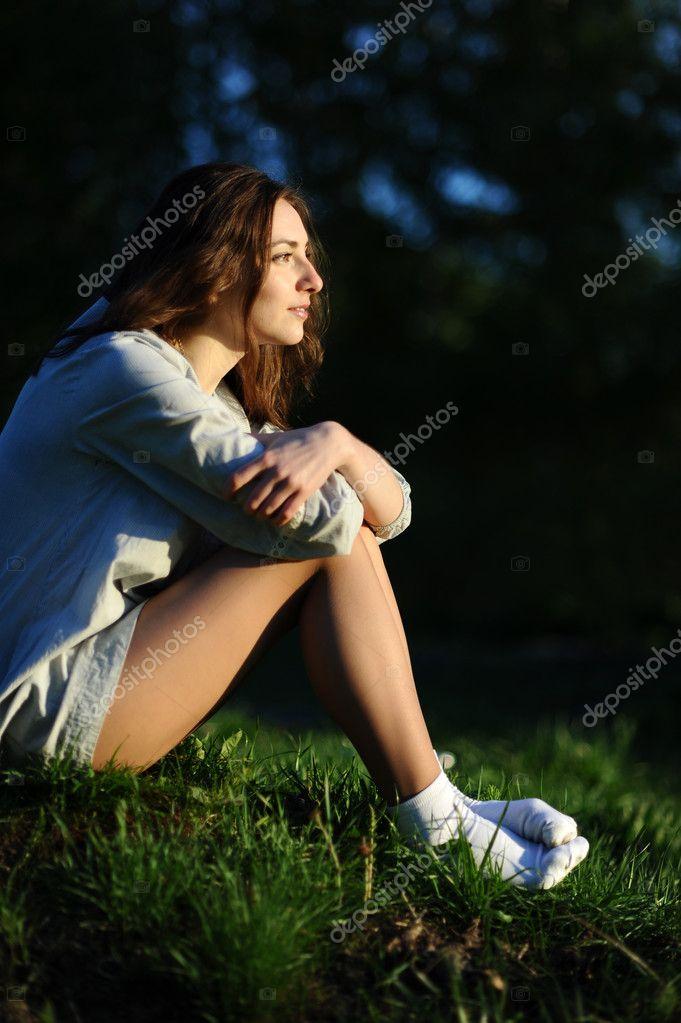 Девушка в белых носках фото