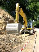 黄色の掘りサイトでの作業 — ストック写真