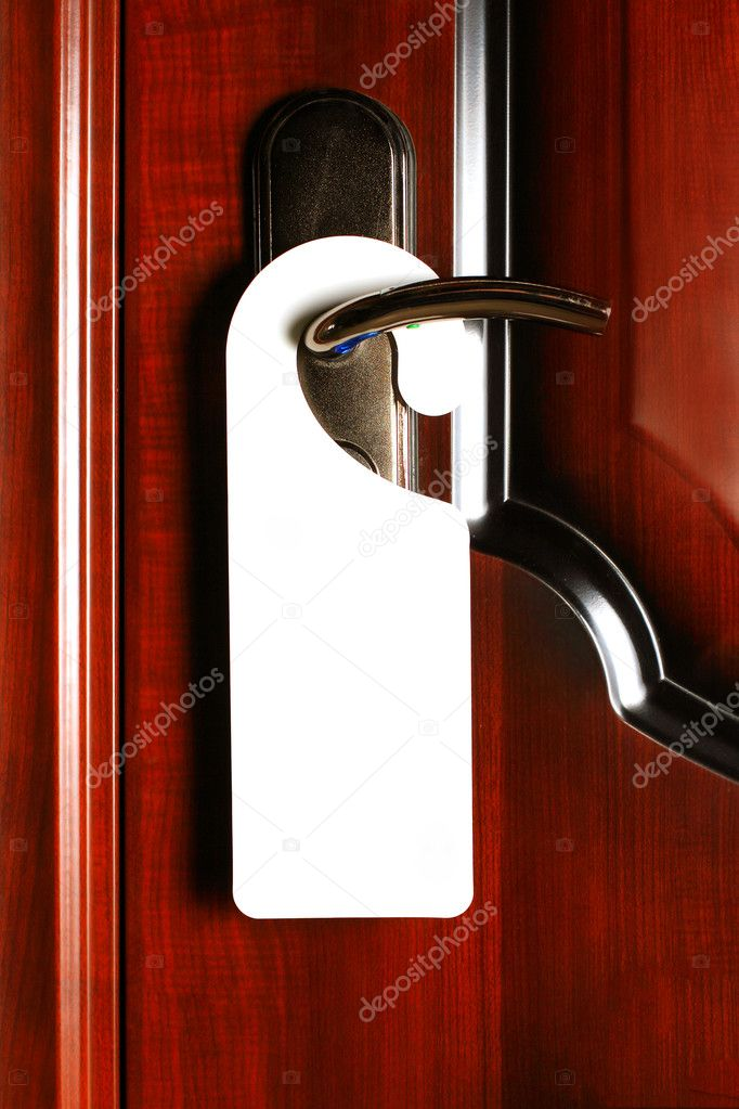Empty label on a door handle for your text — Stock Photo #5355423