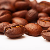 Roasted coffee beans close-up — Stockfoto