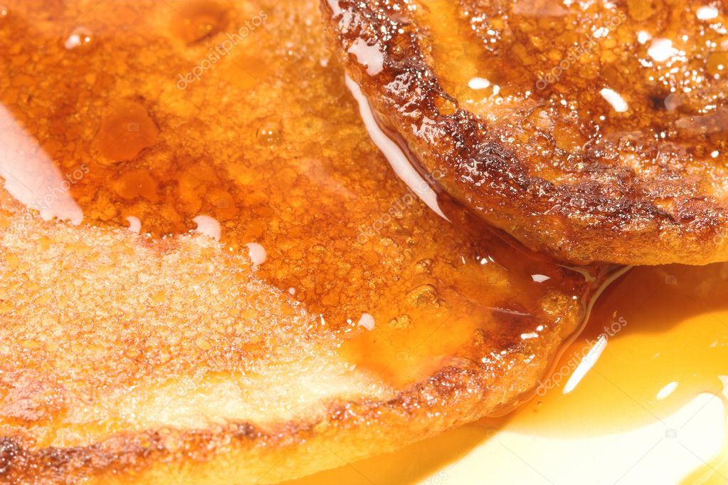 Close-up of pancakes with honey or maple syrup. — Stock Photo #5026937