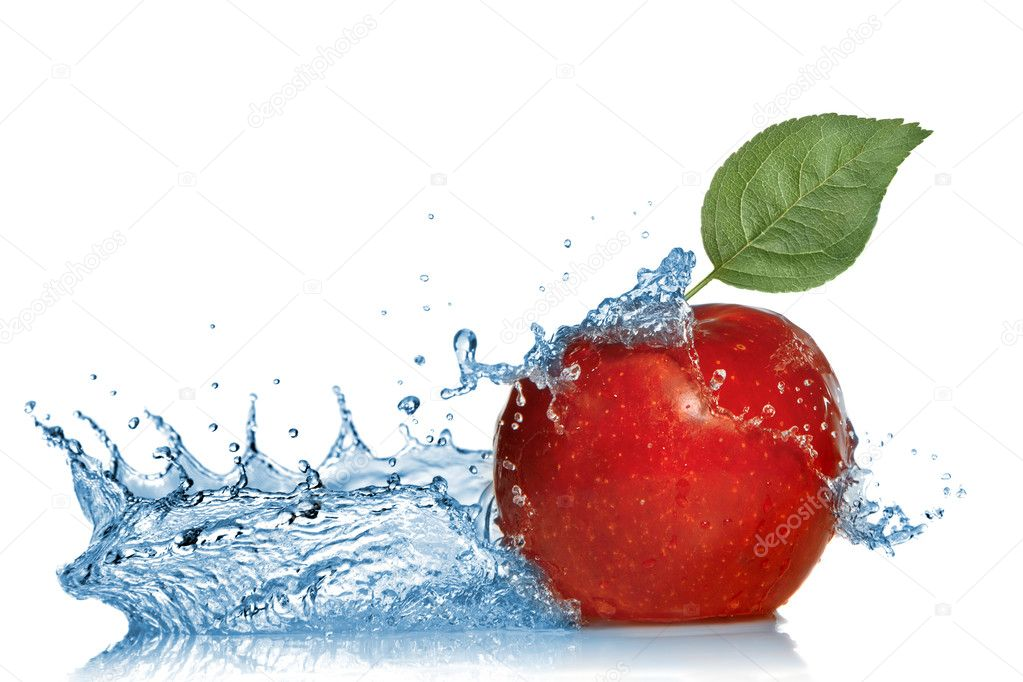 Red apple with leaf and water splash isolated on white — Stock Photo #4225353