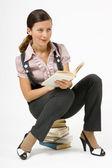 Bir kitap ile kız — Stok fotoğraf