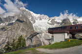 Mont Blanc and cableway — Stock Photo