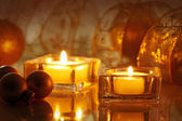 зажженные свечи — Стоковое фото