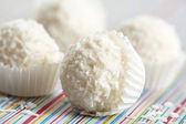 White chocolate truffles — Stock Photo