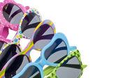 Letní dětské velikosti sluneční brýle — Stock fotografie