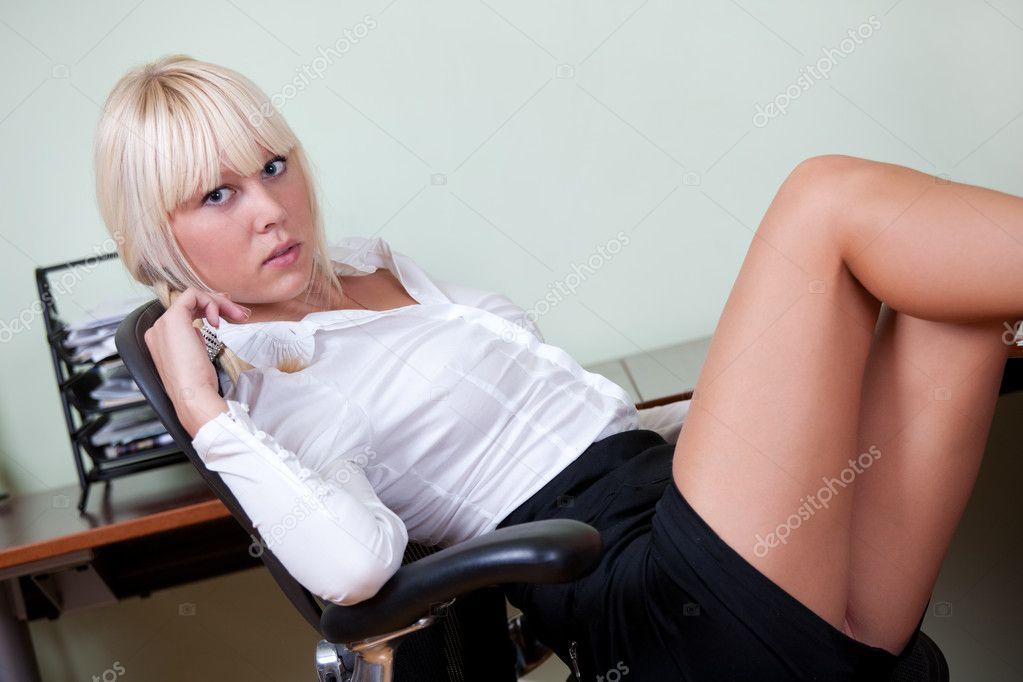 фото милых секретарш
