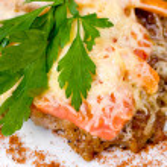 Beefsteak with cheese, macro — Stock Photo