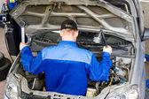 Motor mechanic — Stock Photo