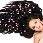 Bella tierna mujer con el pelo largo — Foto de Stock