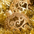 Christmas decoration with festive garland (shallow DOF) — Stock Photo