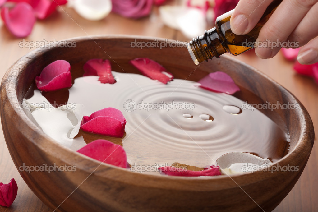 Essential oil for aromatherapy — Stock Photo #4068184