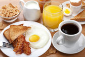 Traditional breakfast — Stockfoto