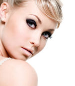 Beautiful woman with black eyes — Stock Photo