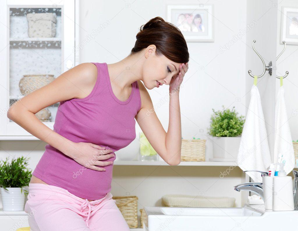 Сильно болит грудь 15 фотография
