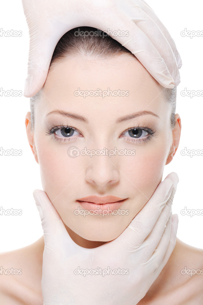 Corrective therapy for beautiful female face by beautician - close-up — Stock Photo #5187733