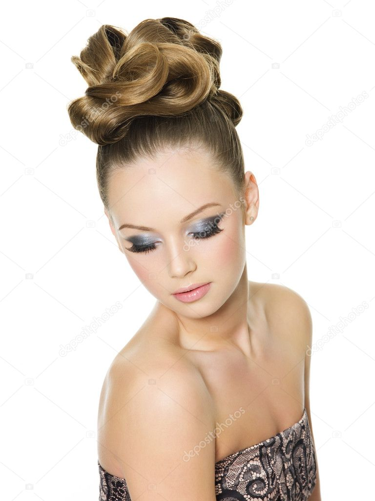 Fashion Hair Cut : Teen girl with fashion hairstyle and glamour make-up ? Stock Photo ...