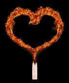 Gebrande wedstrijd in de vorm van hart — Stockfoto