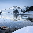 Boat in Antarctica — Stock Photo