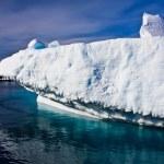 Huge iceberg in Antarctica — Stock Photo
