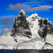 Snow-capped mountains in Antarctica — Stock Photo #4591254