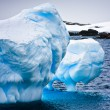 énorme iceberg en Antarctique — Photo