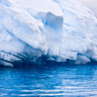 Large Antarctic iceberg — Stock Photo
